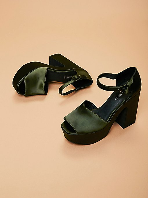 Product Image: Lockheart厚底鞋