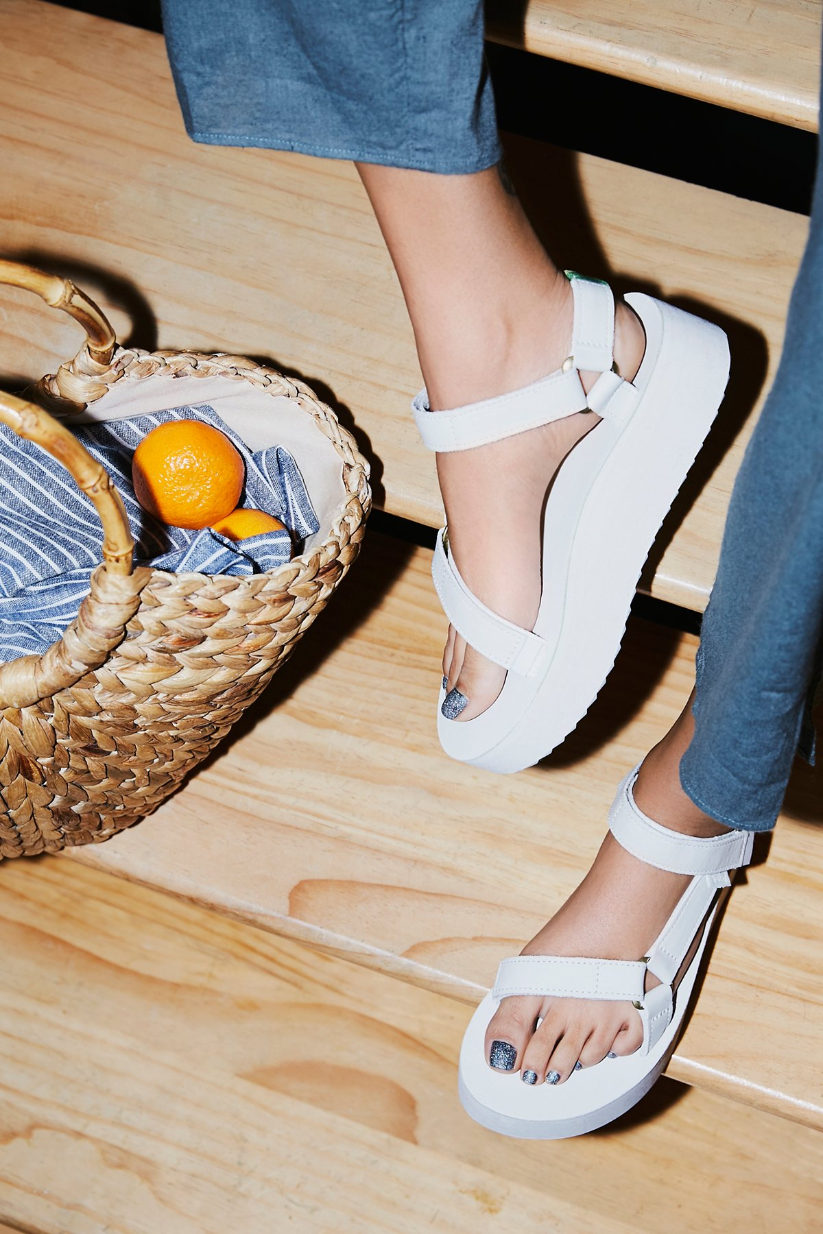 Universal Crafted Teva厚底凉鞋