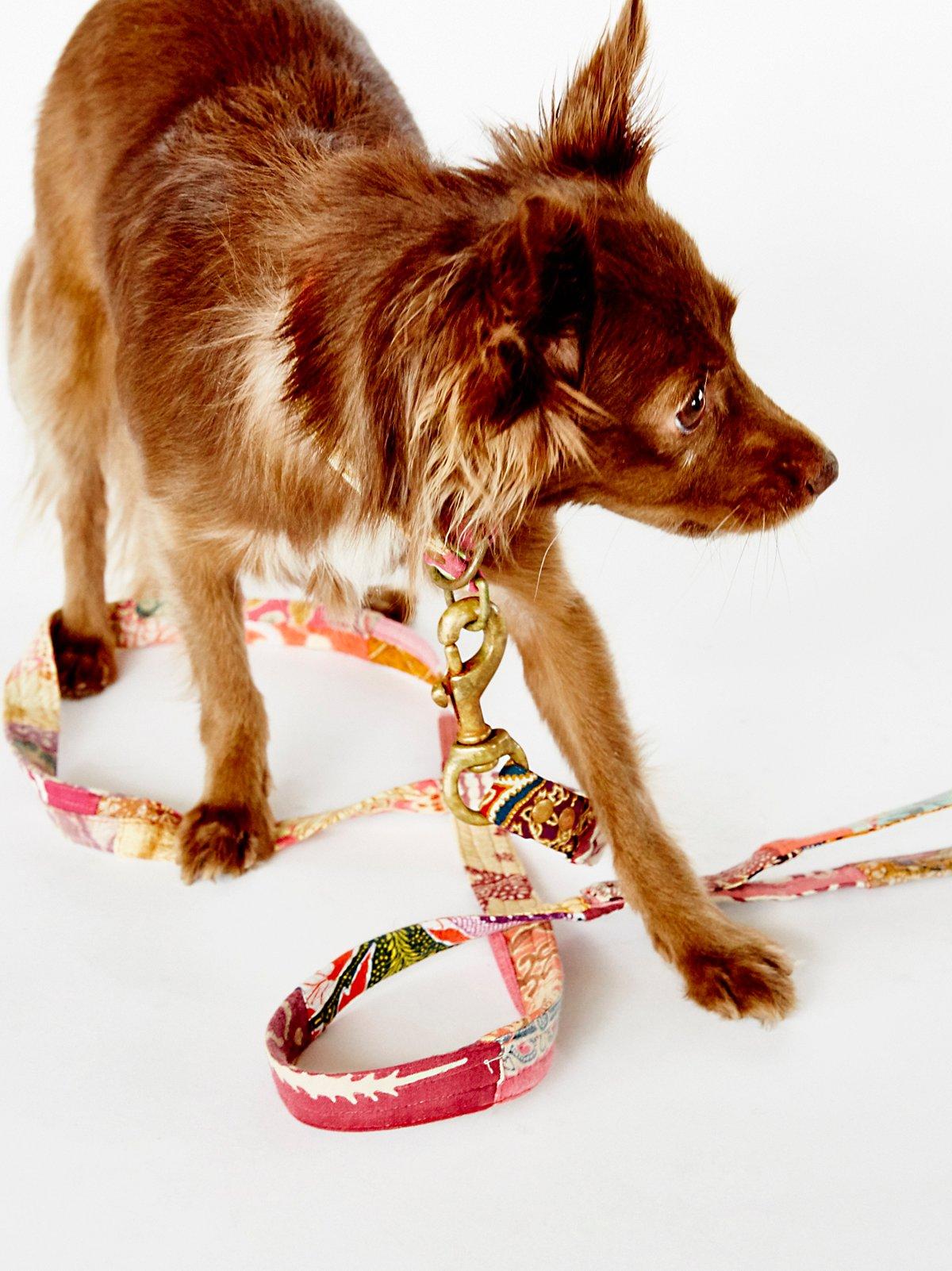 Hibiscus Vintage Batik Leash
