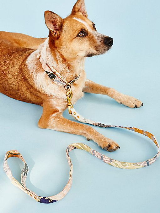 Product Image: Cocoa Bean Batik Leash