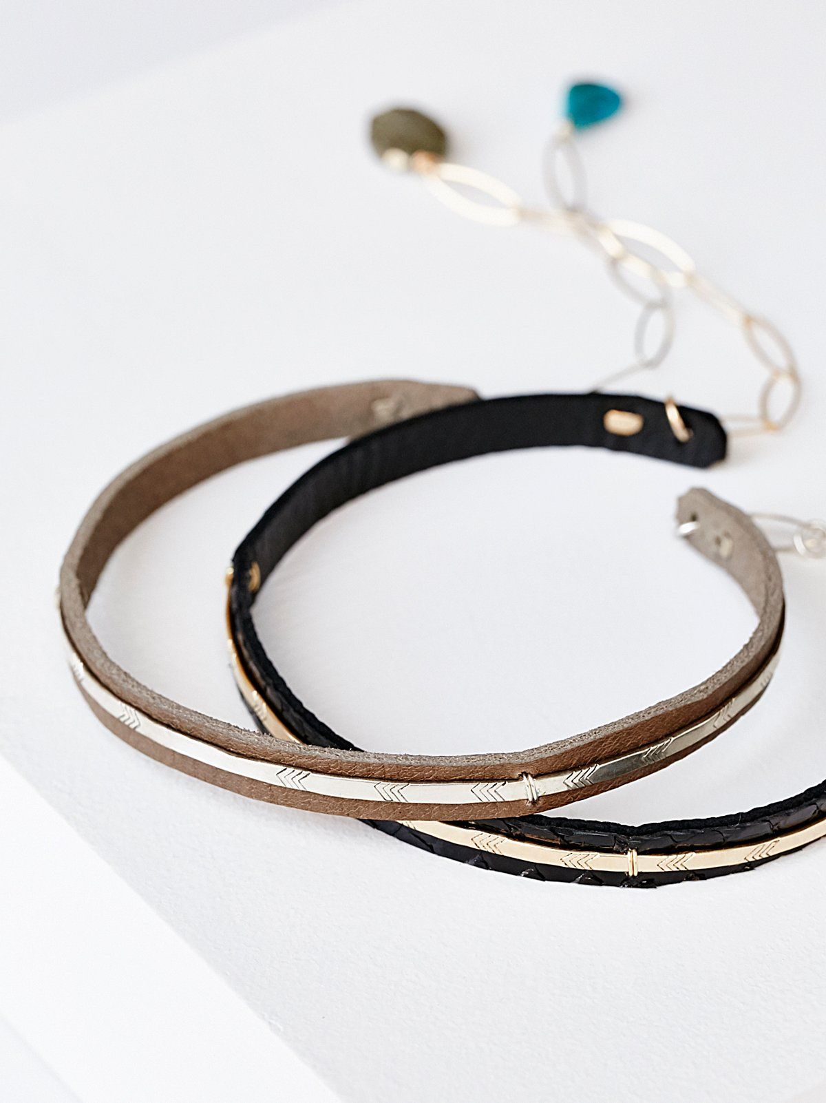 Bar Front Leather Choker