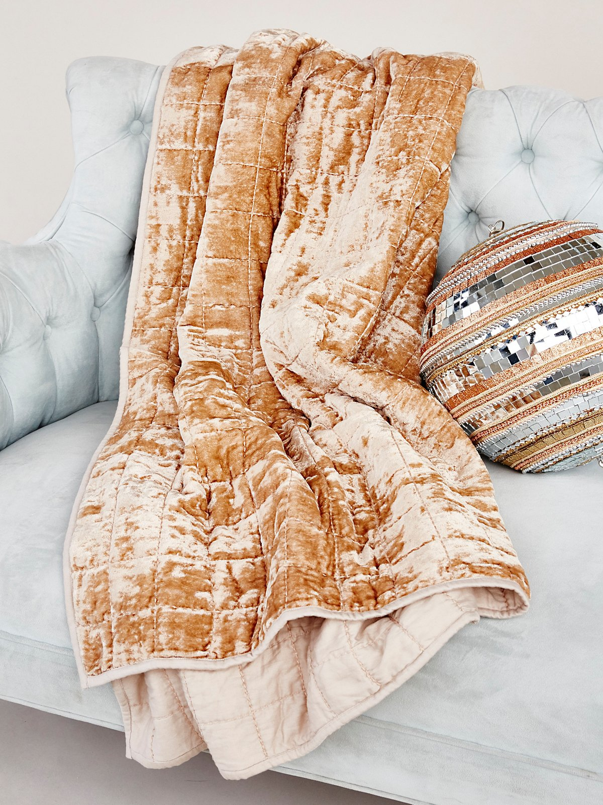 Cloud Nine Velvet Blanket