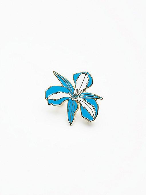 Product Image: Enamel Flower Pin