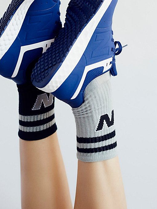 Product Image: 经典New Balance短袜