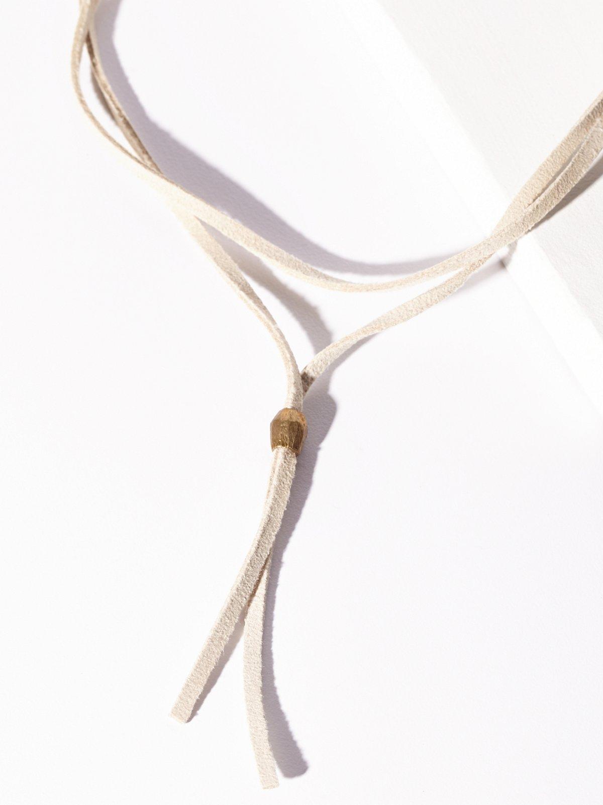皮革缠绕式短Bolo项链