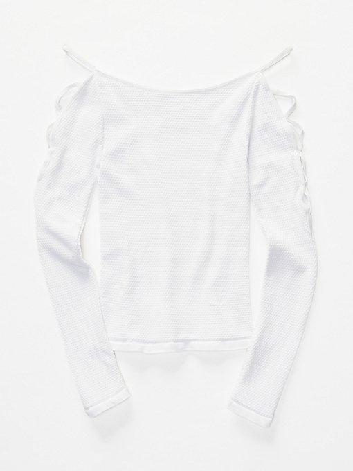 Product Image: 侧边系带层搭上衣