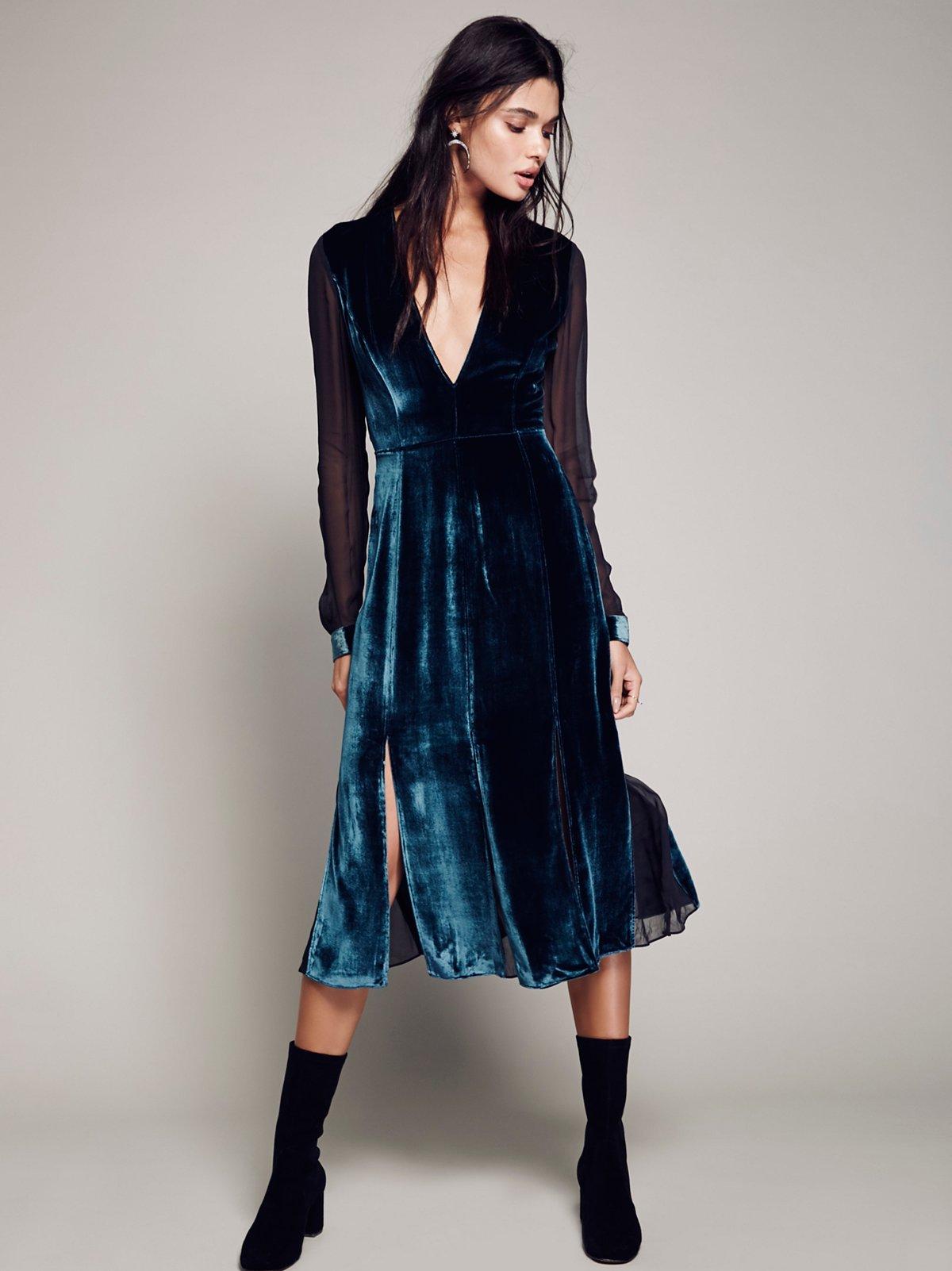 Amelina Velvet Dress