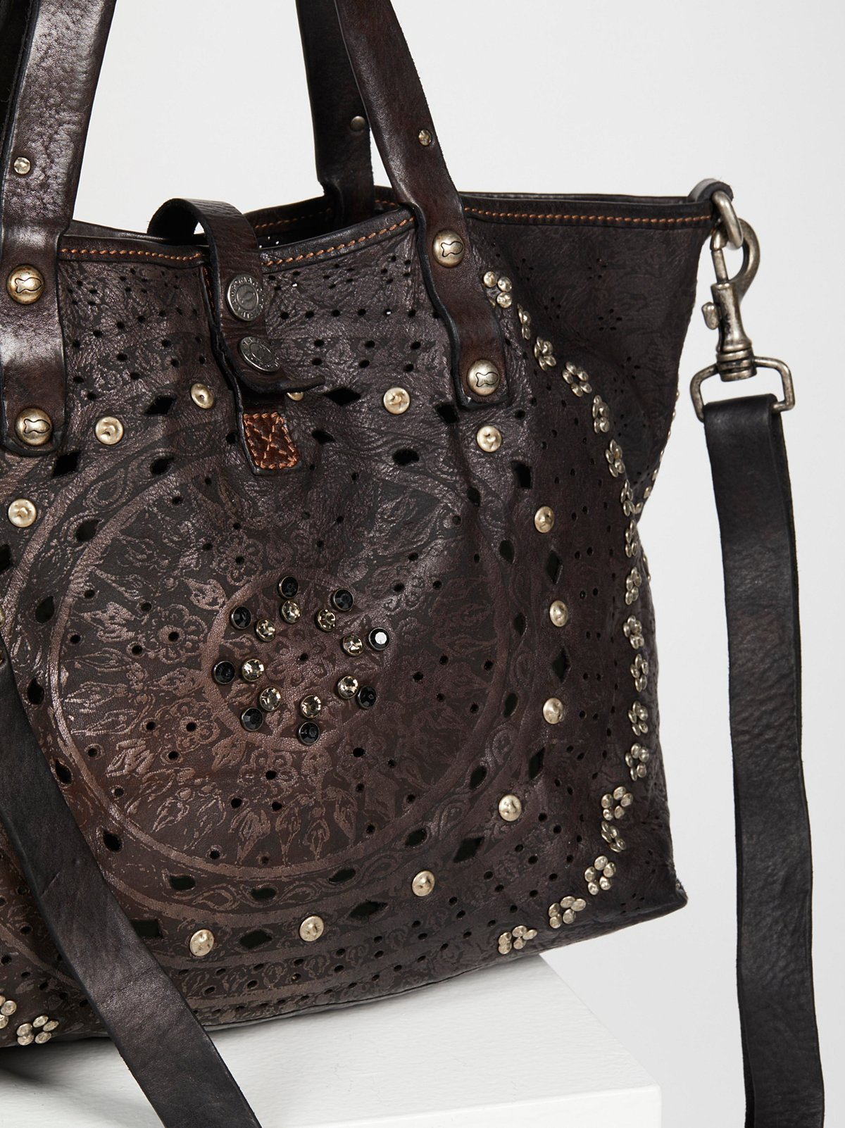 Imperiali Distressed Tote