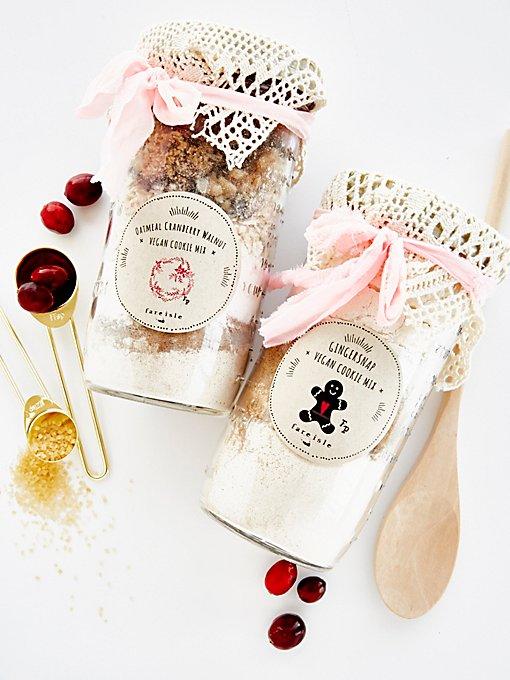 Product Image: Organic Vegan Cookie Mix Kit