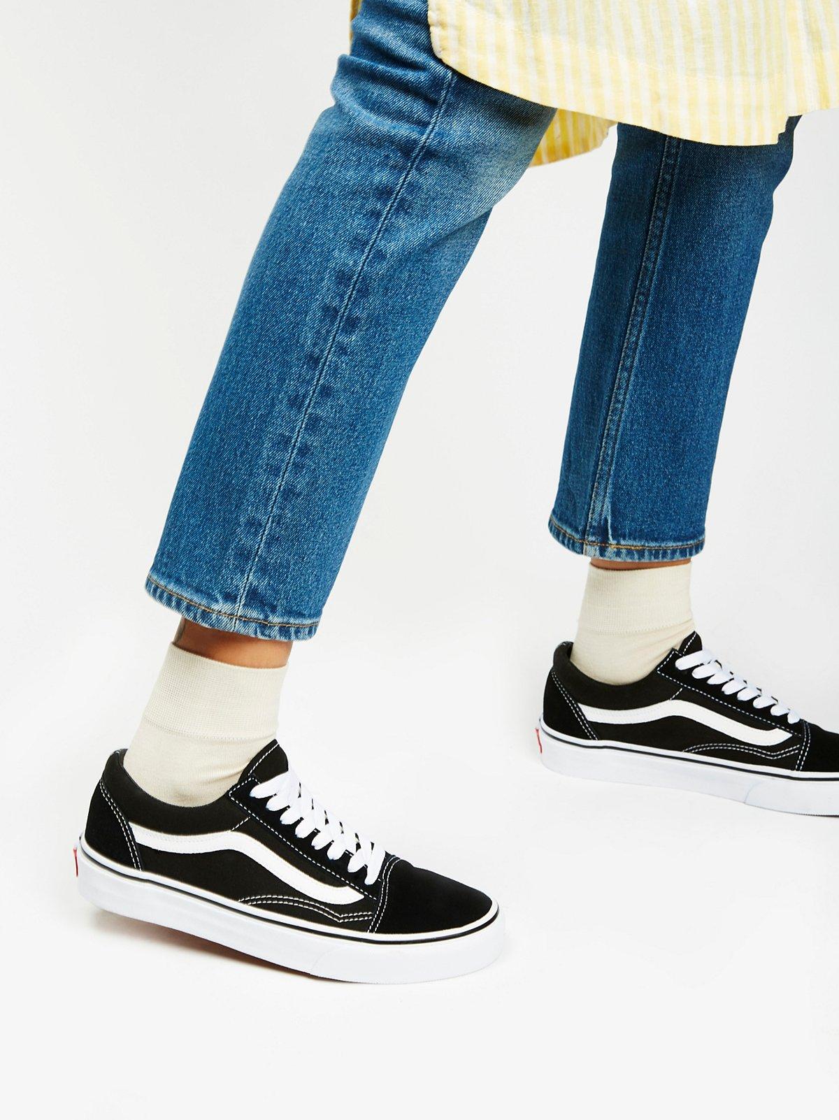 UA Old Skool运动鞋