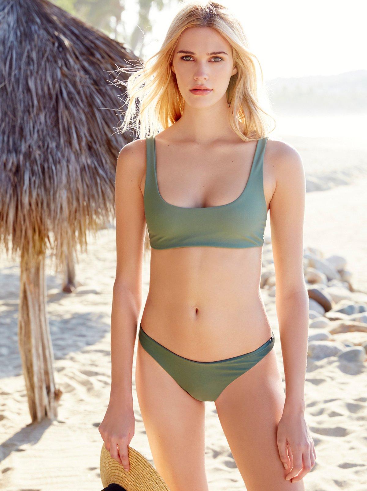 Byron Bikini Bottom