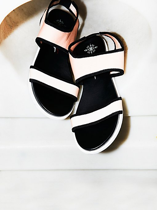 Product Image: Light Show凉鞋