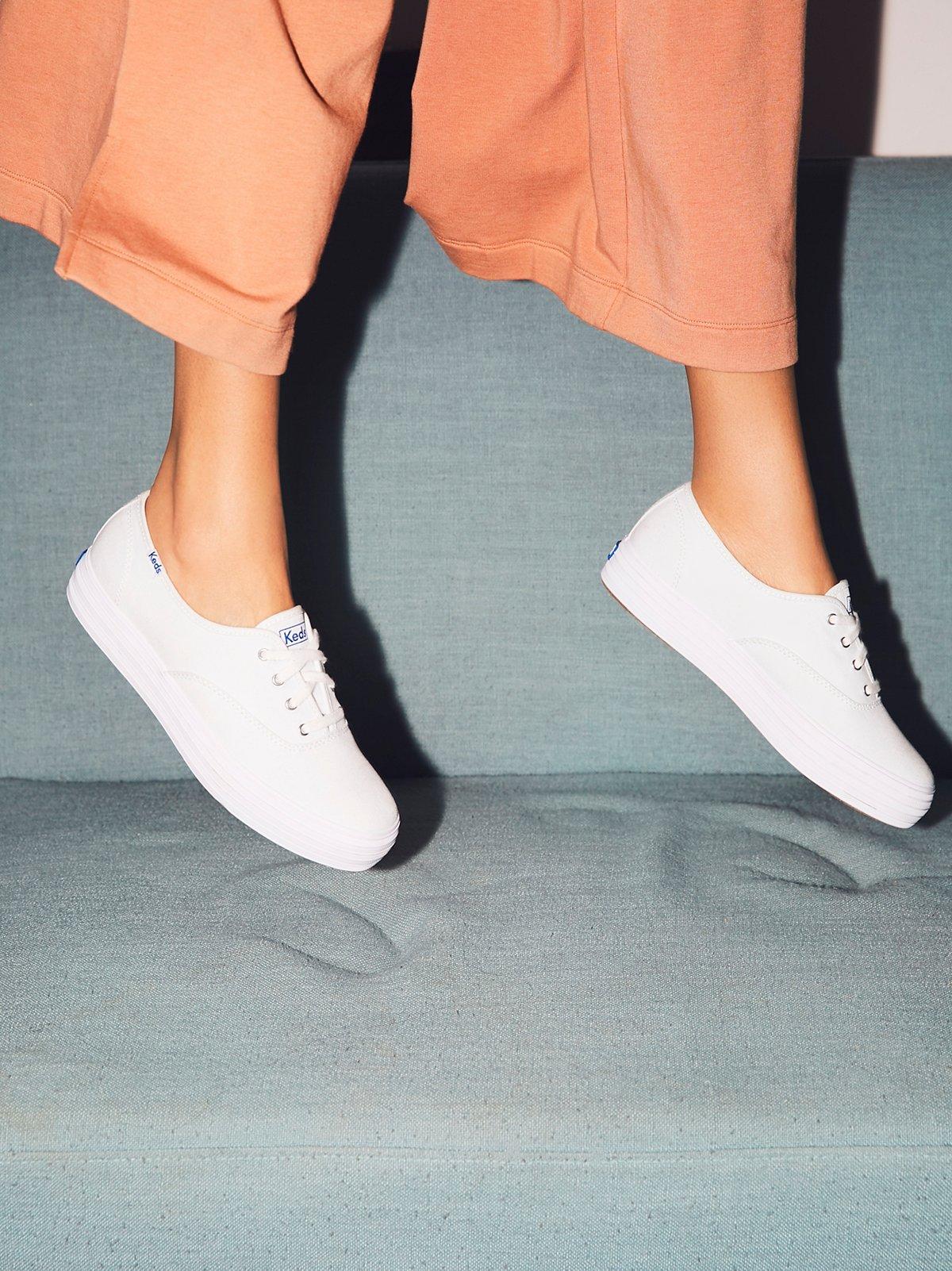 Keds Triple Mono Sneaker
