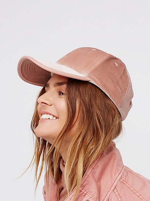 Product Image: Lady Luck天鹅绒棒球帽