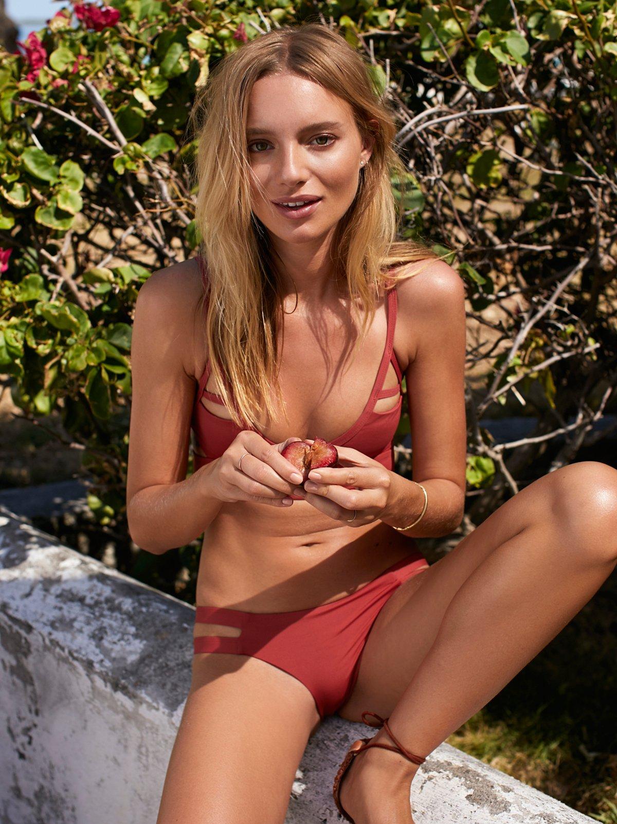 Chloe Moderate Bikini Bottom