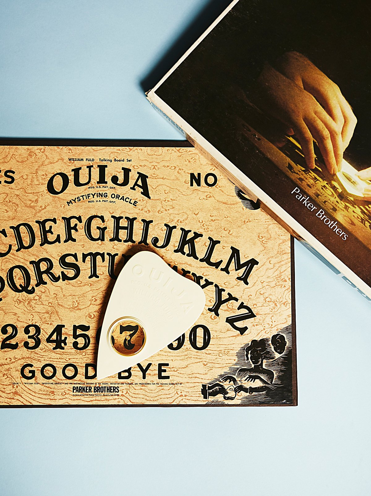 Vintage 1970s Ouija Game