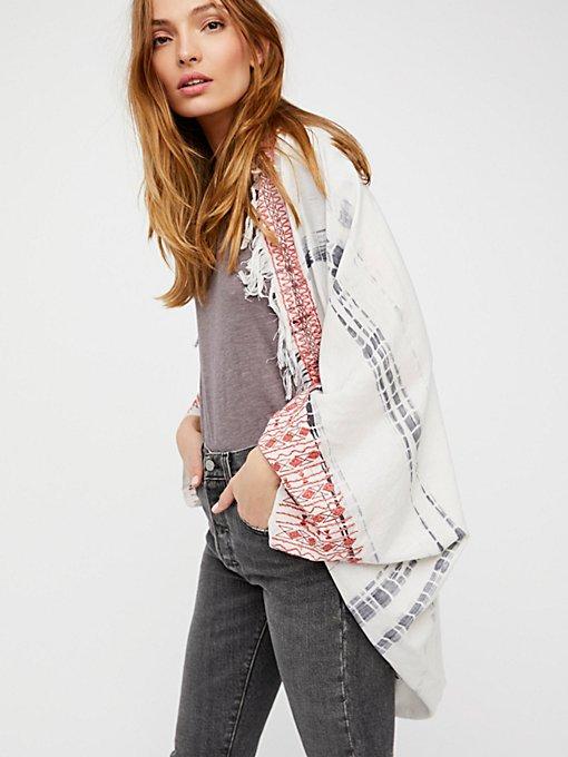 Product Image: La Playa Fringe Kimono