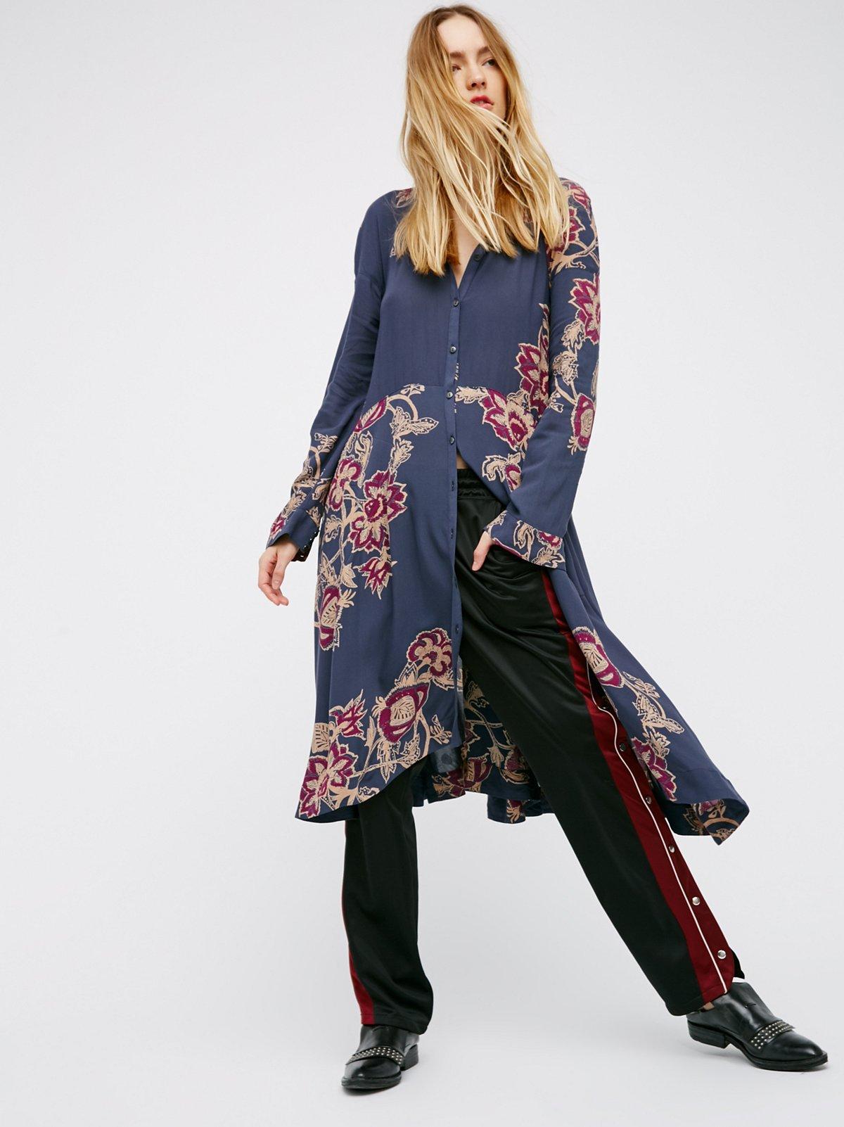 City Walker Midi Dress