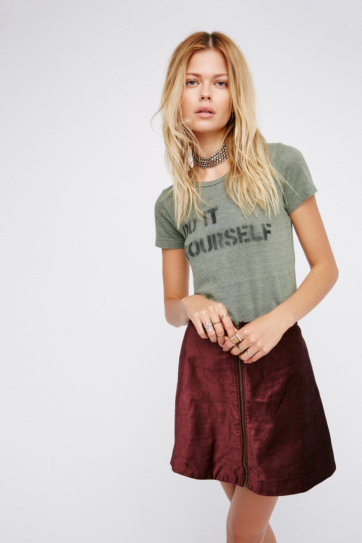 Itty Bitty Goodie T恤