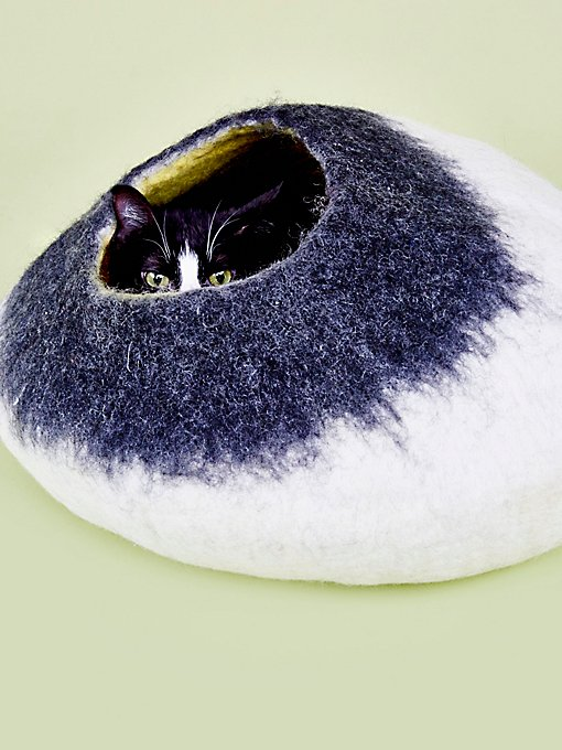 Product Image: Two Color Cat Cave
