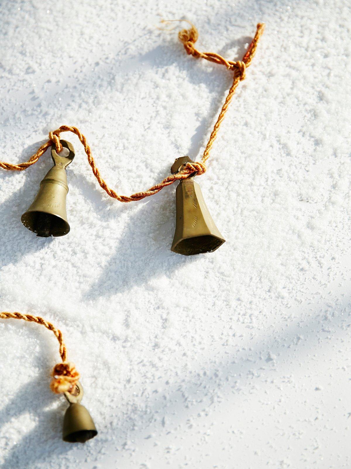 Vintage 1950s Hanging Brass Bell Set