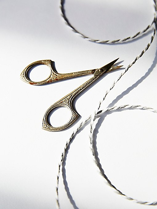 Product Image: Vintage 1940s Sewing Scissors