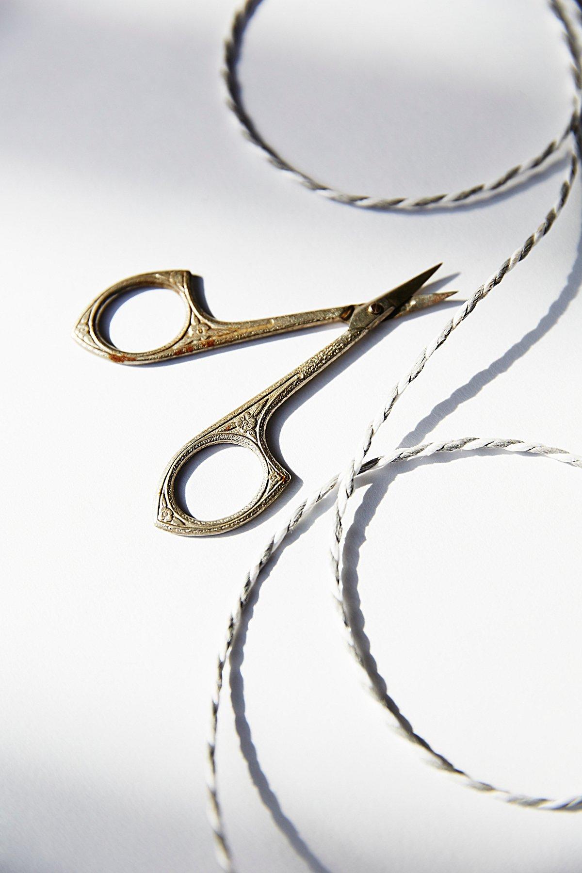 Vintage 1940s Sewing Scissors