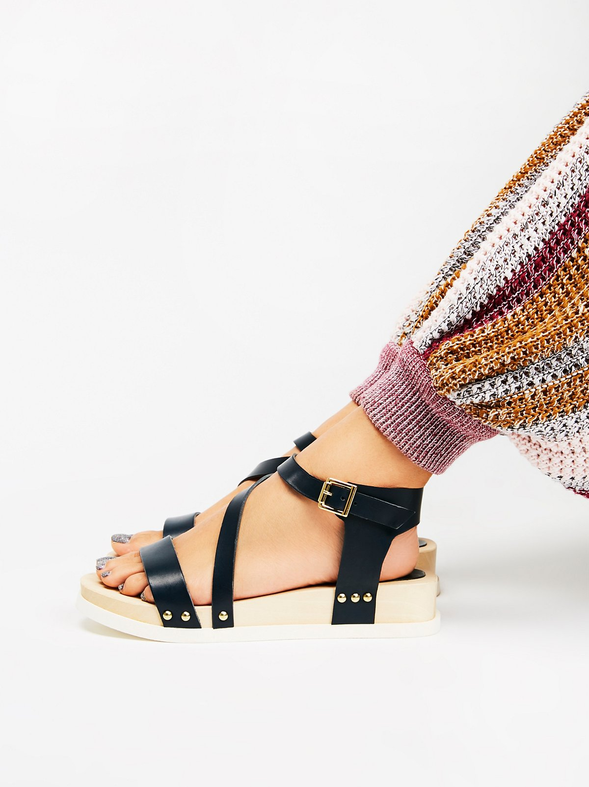 Sundown Flatform Sandal