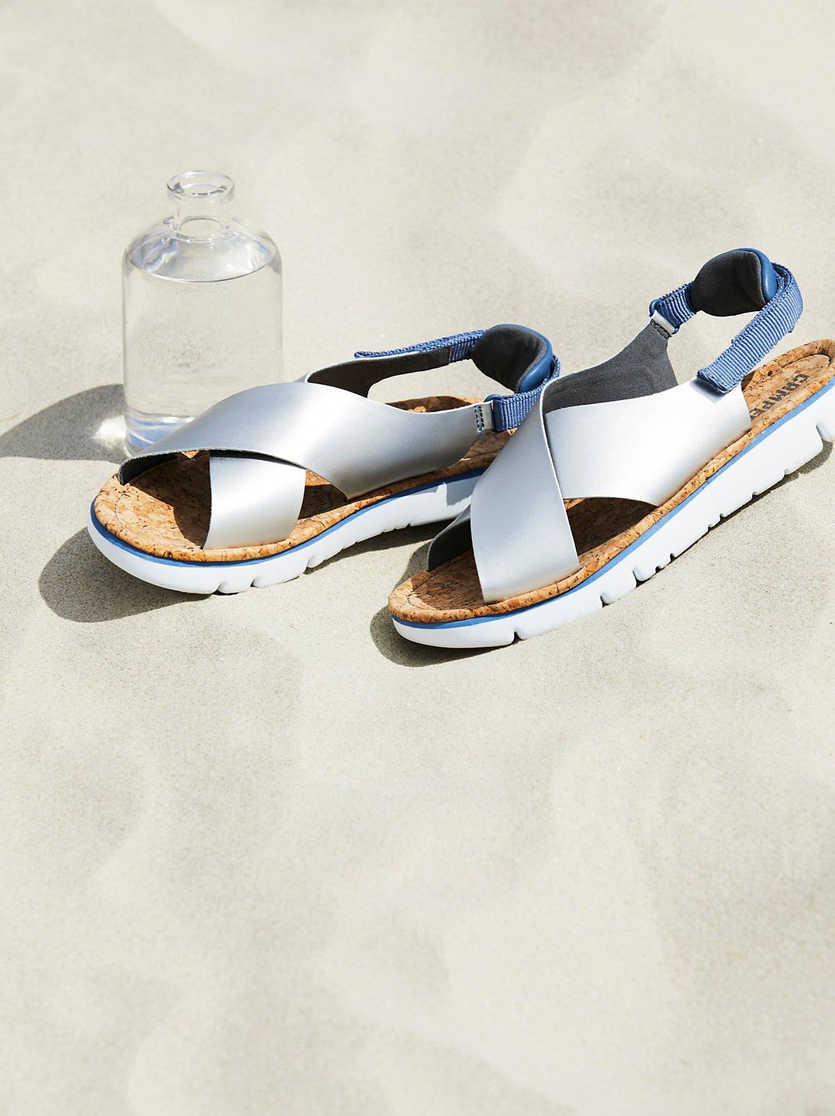 Camper交叉系带凉鞋