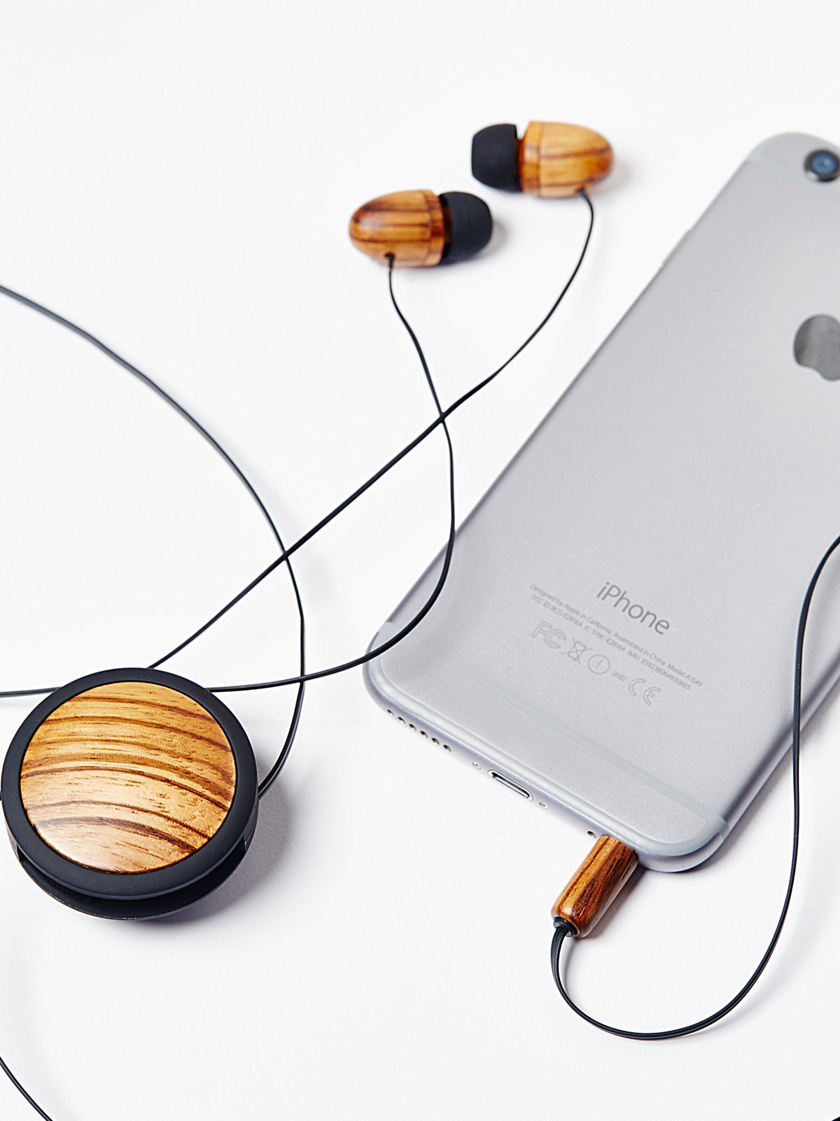 Retractable Wood Ear Buds