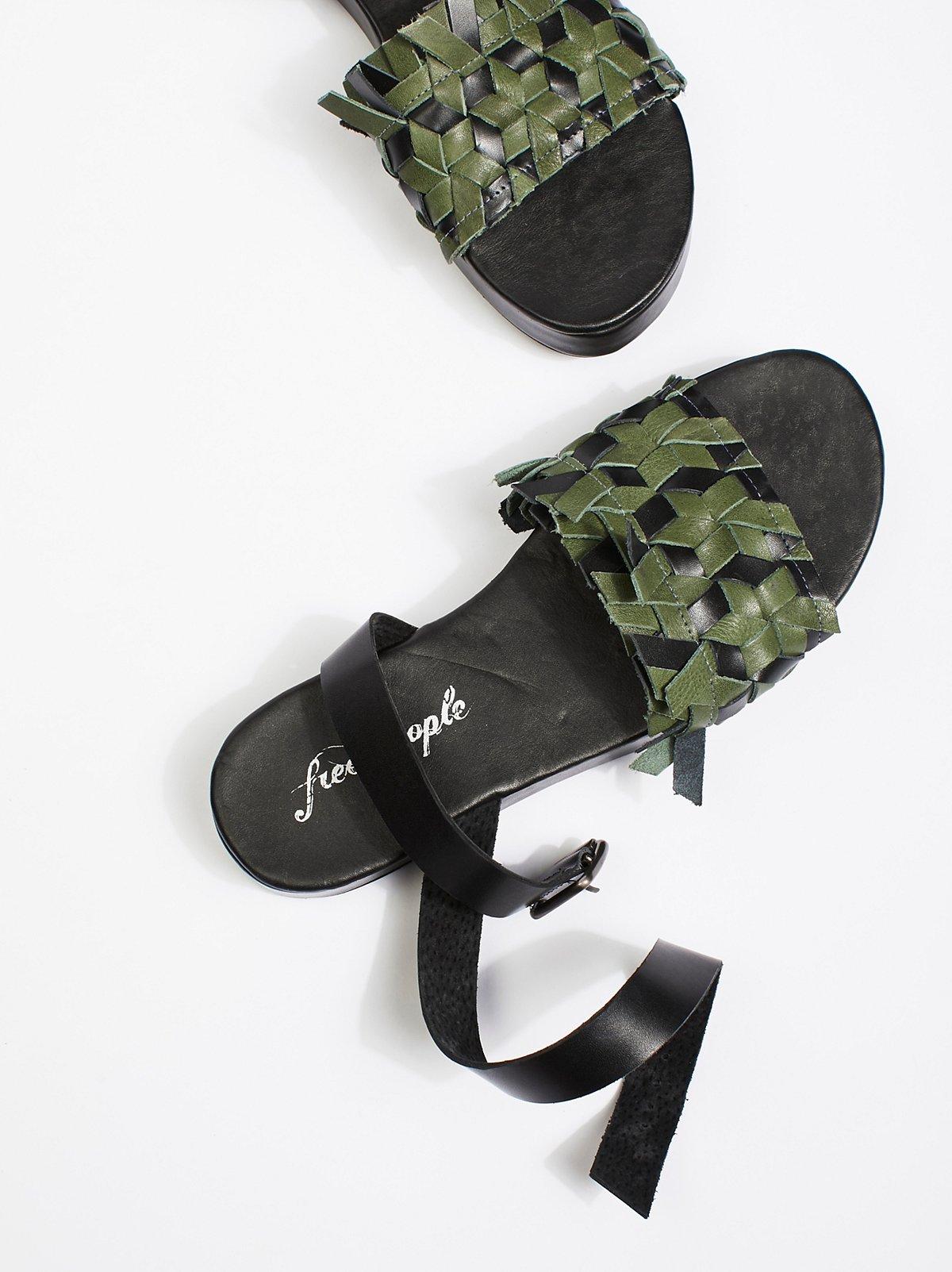 Surfside厚底鞋