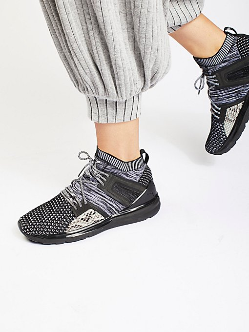 Product Image: B.O.G Limitless Runner