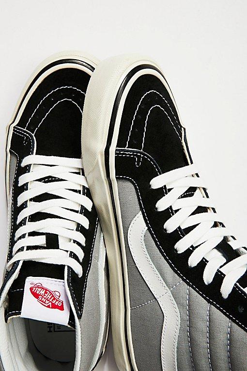 Product Image: UA Sk8-Hi 38 DX Sneaker