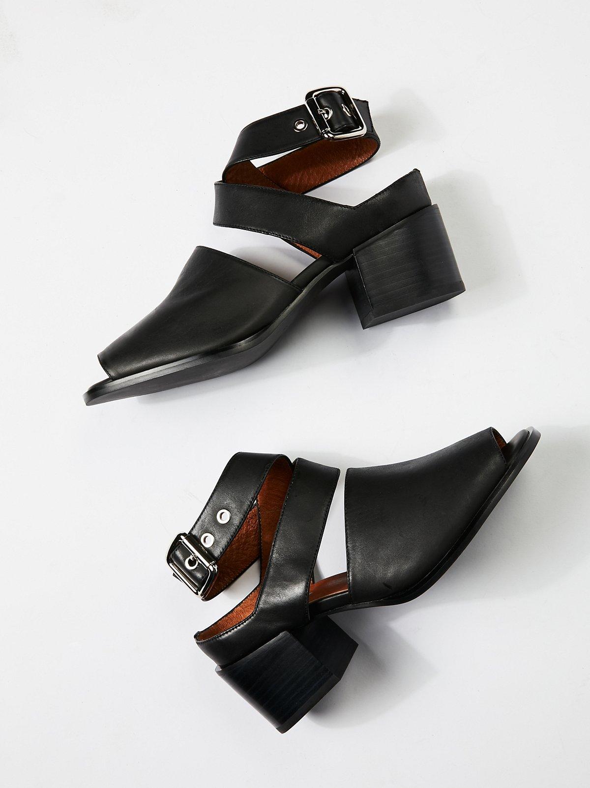 Blaine II Block Heel