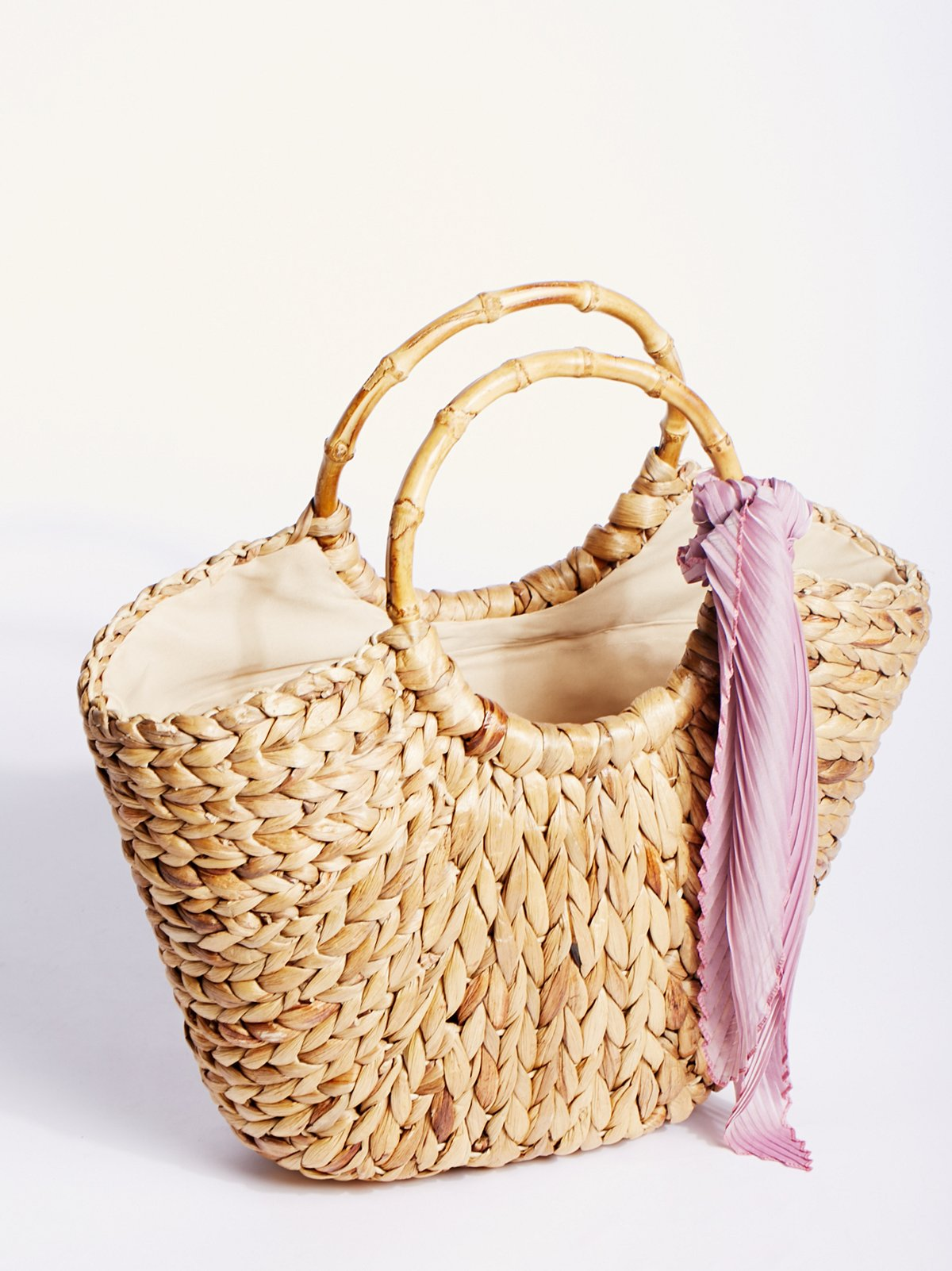 Straw Studios Sunday Straw Tote at Free People Clothing Boutique