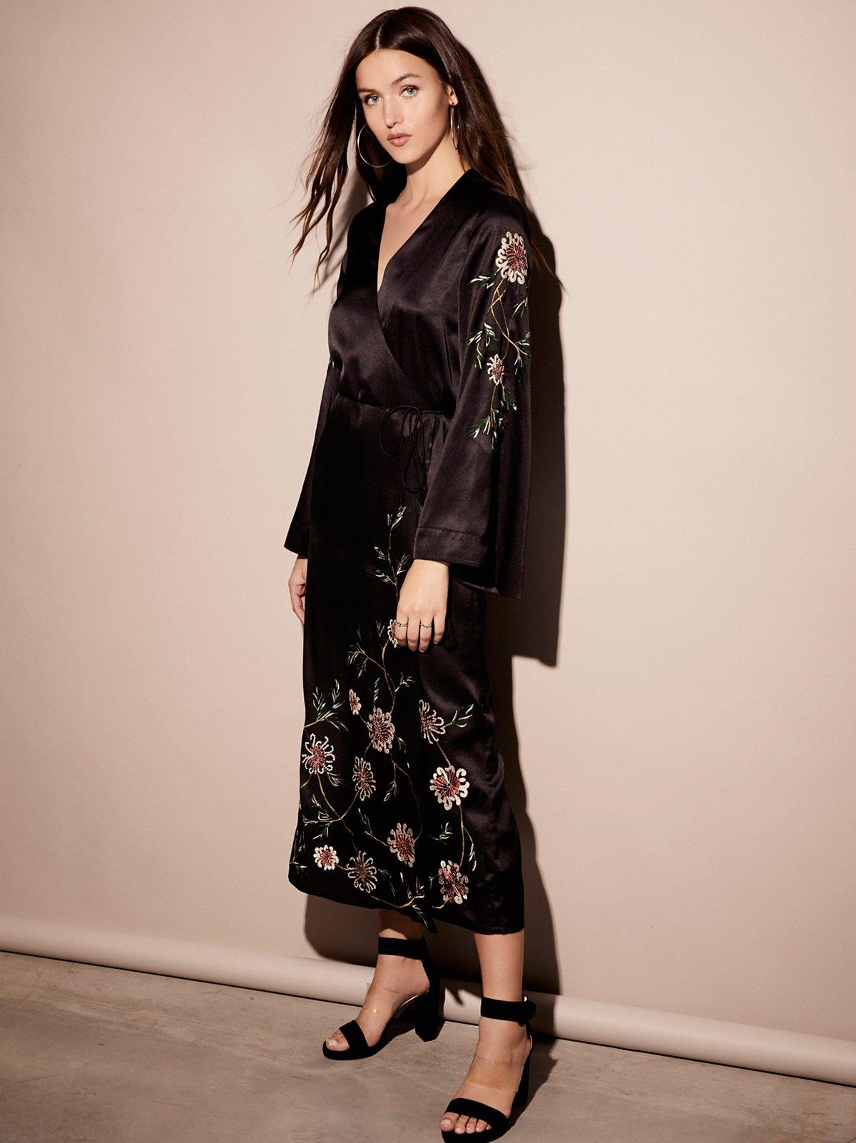Embroidered Wrap Kimono Dress