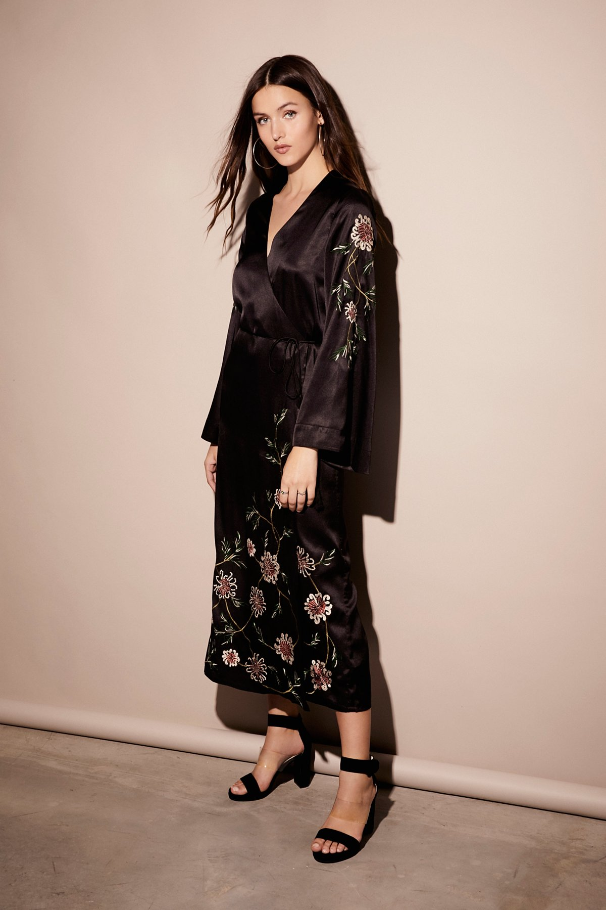 Embroidered Wrap Kimono Dress