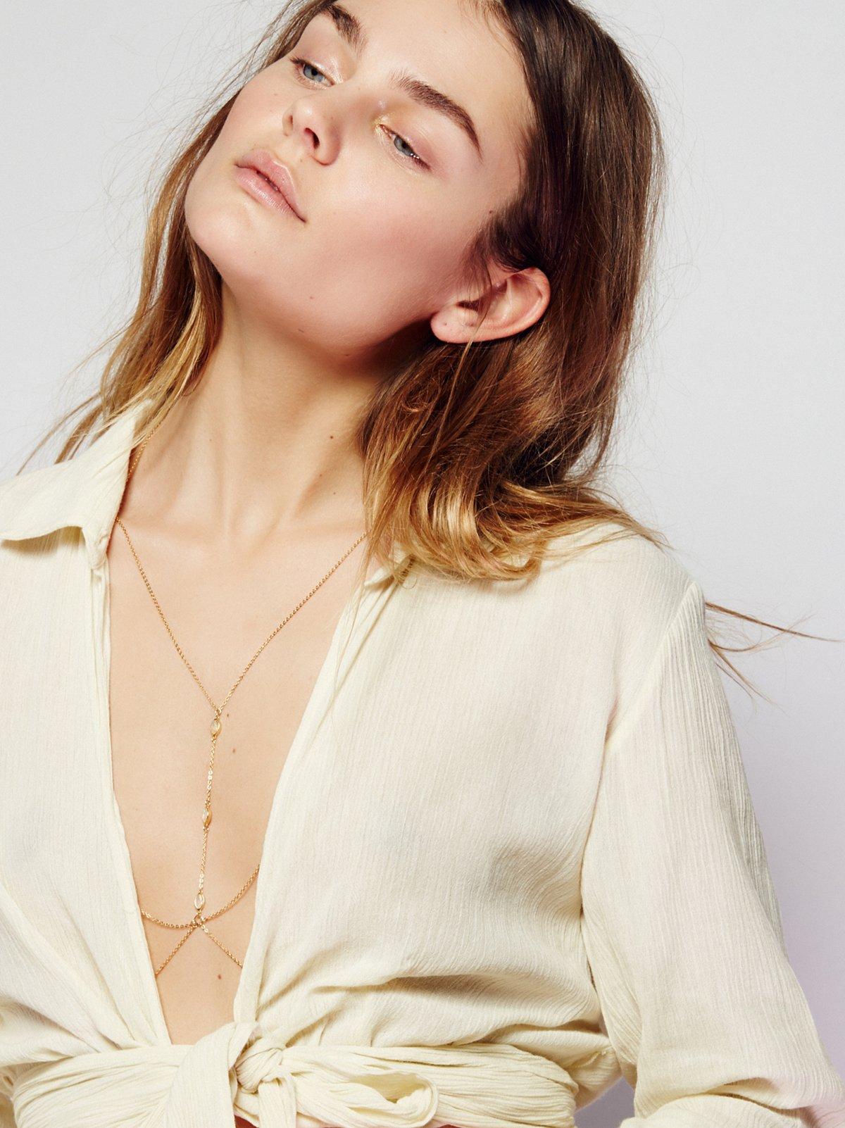 Roxxi Delicate Opal Harness