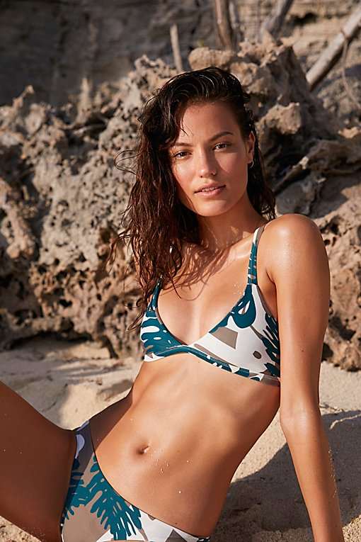 Product Image: Honolulu Printed Bikini Top