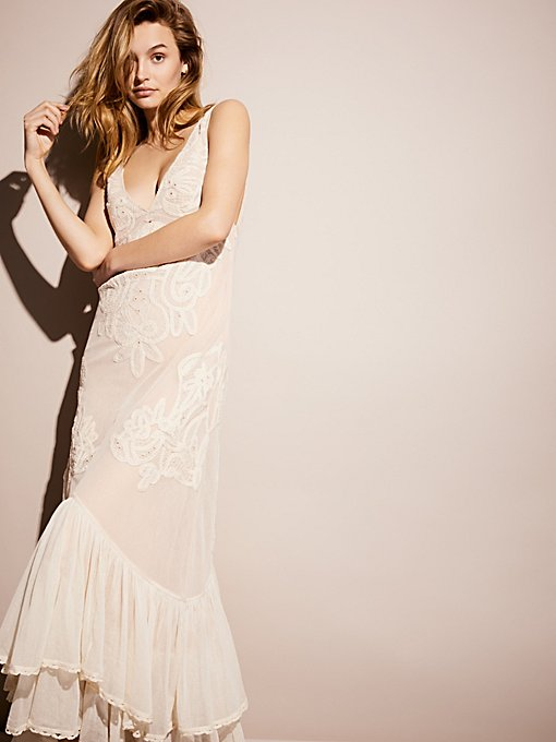 Product Image: Alissa's限量版白色连衣裙