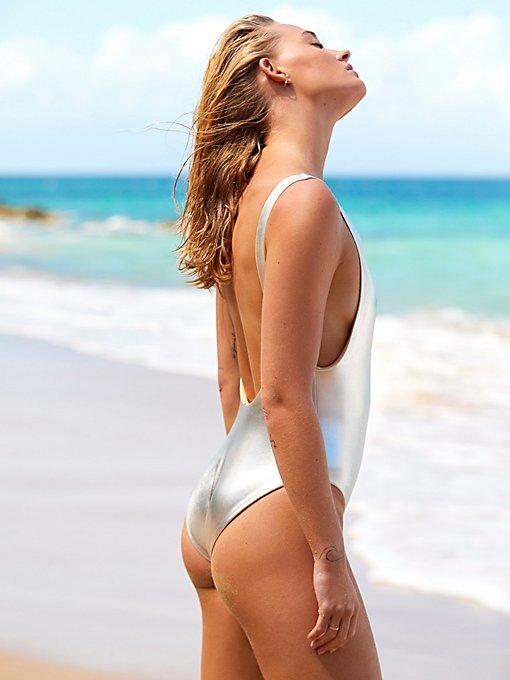 Product Image: 两面穿高叉连体泳衣