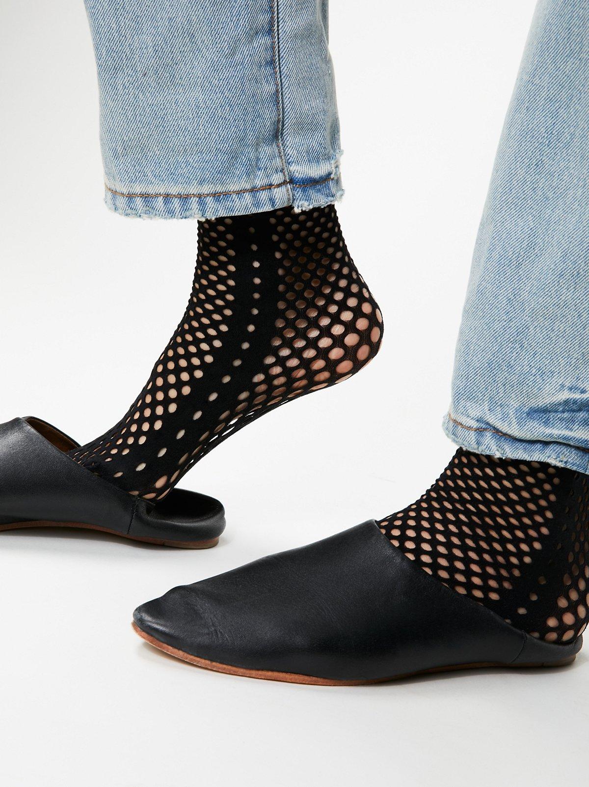 Gallery Fishnet Sock