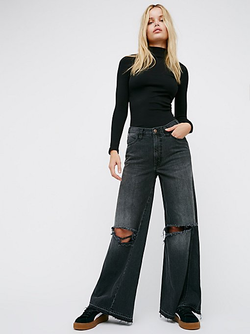 Product Image: Relaxed Wide Leg Jean