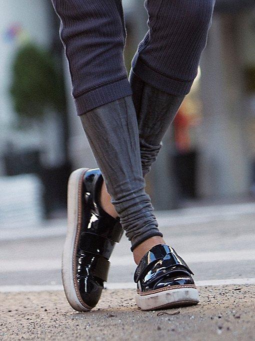 Product Image: Caravan Sneaker