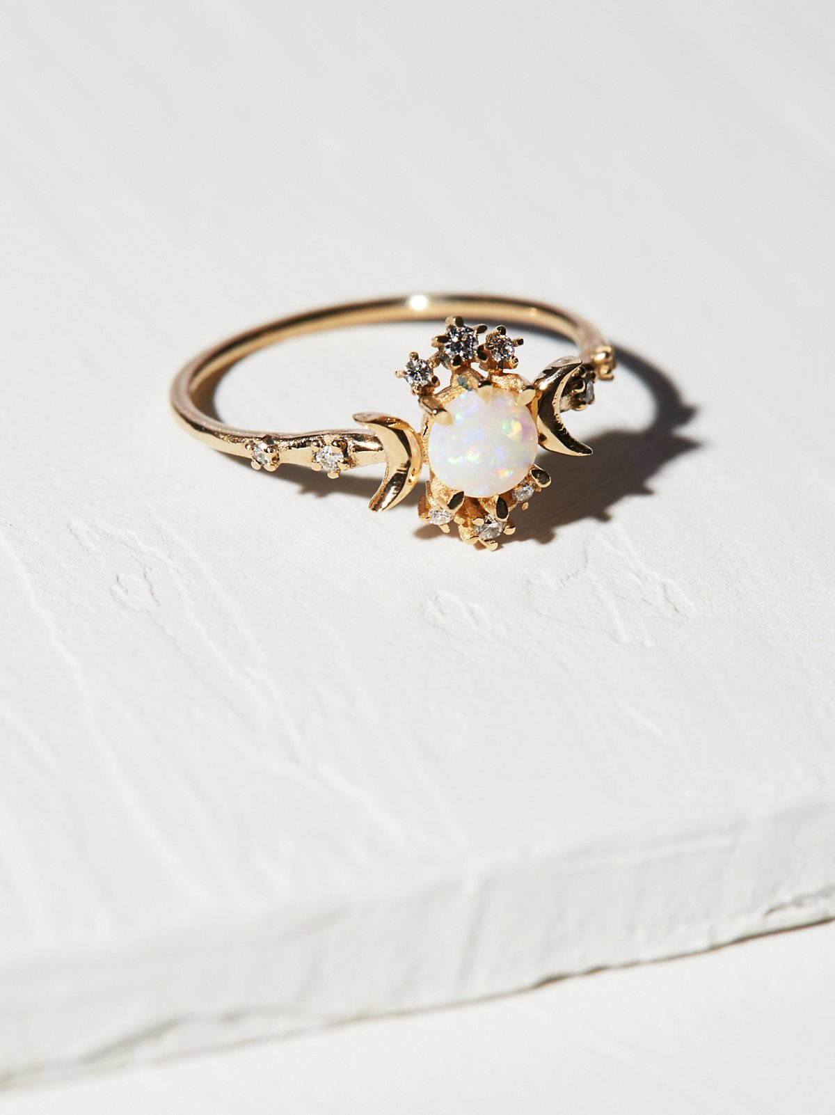 14K Wandering Star Diamond Opal Ring