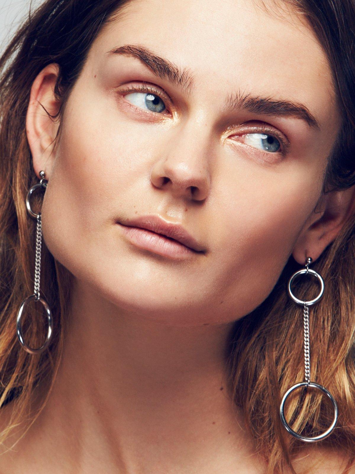 Solene Hoop Pendulum Earrings