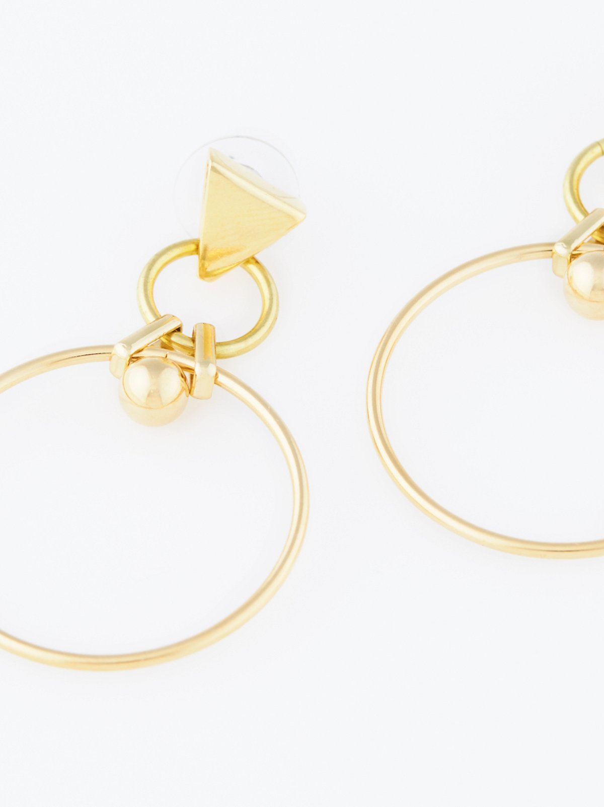 Astrid金属耳环