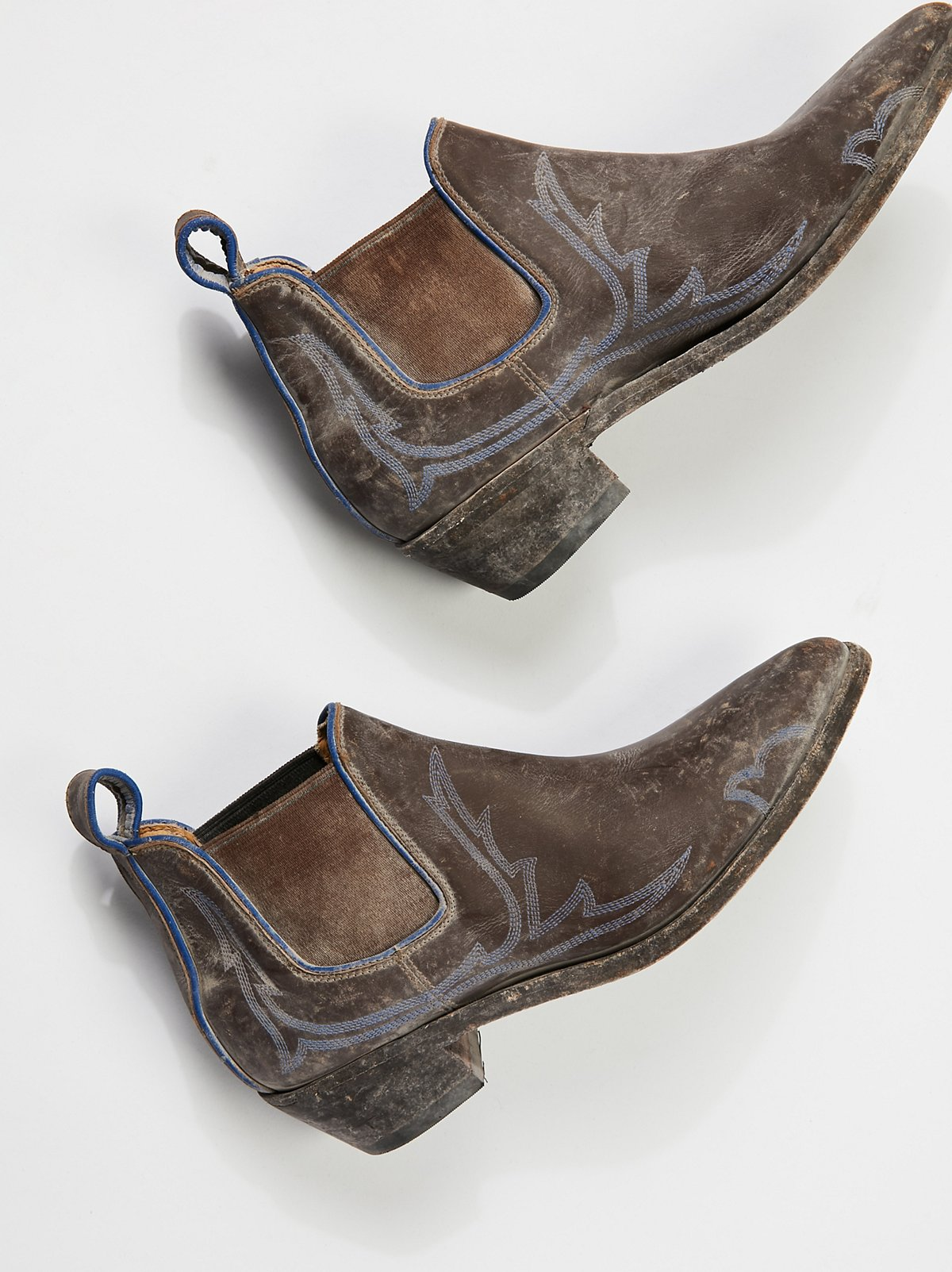 Sanded Ridge Ankle Boot