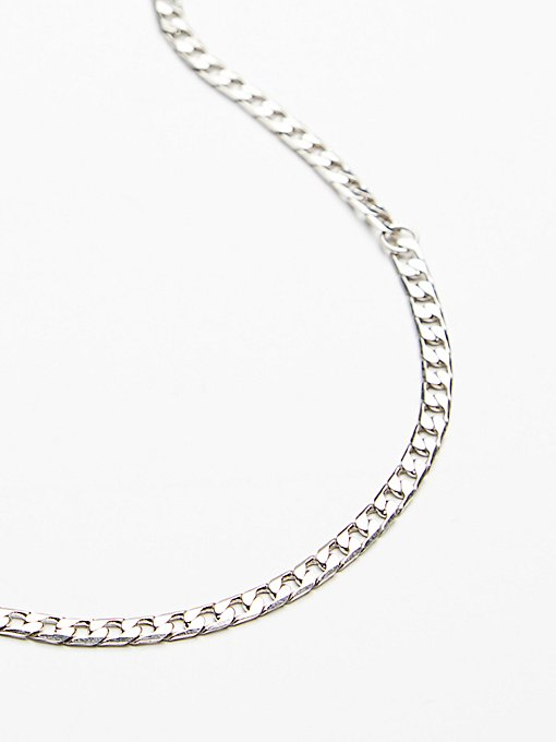 Product Image: Essential Chain Choker