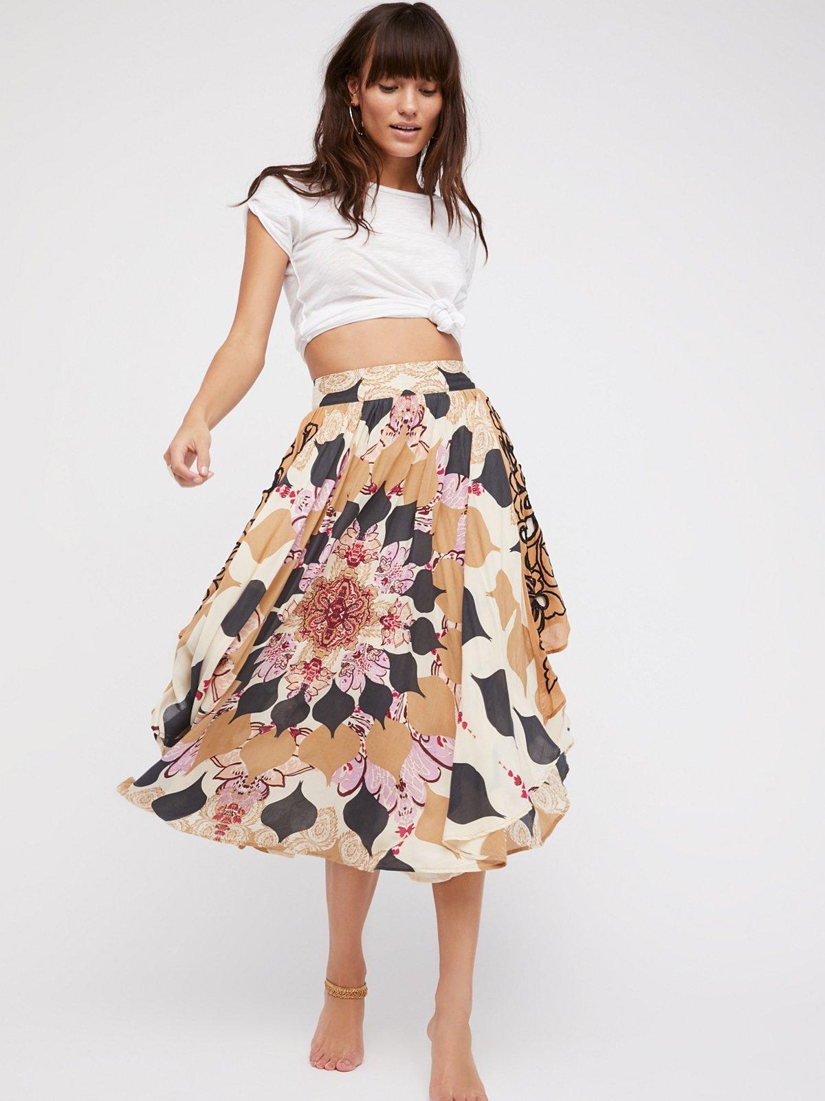 Lights Beam Skirt